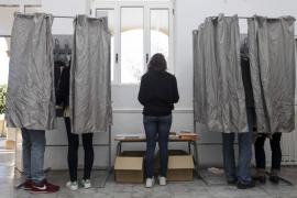 Más de 5,5 millones de catalanes están llamados este jueves a las urnas