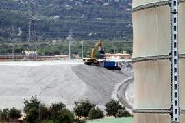 El Consell avala ampliar el depósito de cenizas pese al rechazo ecologista