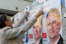 Inca y Manacor inician la campaña con la tradicional pegada de carteles