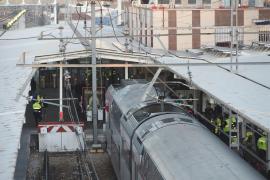 Un Cercanías choca contra el tope de la vía en la estación de Alcalá de Henares y deja al menos 45 heridos