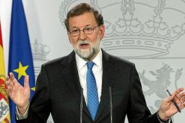 Rajoy no da su brazo a torcer a Puigdemont, que reclama diálogo