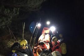 Laborioso rescate de un joven excursionista que se rompió una pierna en Escorca