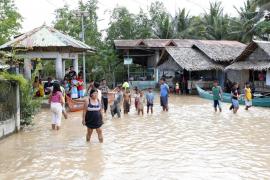 La tormenta Tembin deja más de 130 fallecidos en el sur de Filipinas