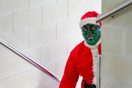 El Grinch se convierte en 'Sardina Negra' este día de Nochebuena