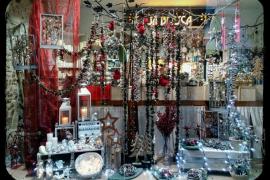 Dos floristerías y una cerería ganan el concurso de escaparates de Navidad de Manacor
