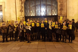 La Policía identifica a cantores de 'nadales' por los presos catalanes