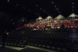 Un total de 250 niños en riesgo de exclusión disfrutan de una jornada de cine en Palma