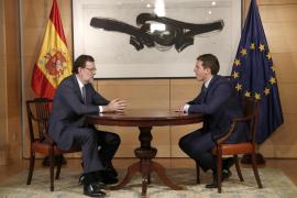 Rajoy y Rivera exigen respeto a la ley y Cs reclama la presidencia del Parlament como fuerza ganadora el 21D