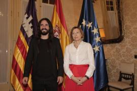 Críticas a la visita de Forcadell al Parlament invitada por Picornell