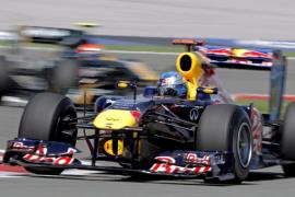Vettel se abona a la «pole» y Alonso al quinto puesto