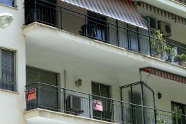 Los baleares necesitarían 21 años de sueldo íntegro para adquirir una vivienda con el salario mínimo