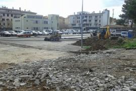El GOB pide la suspensión de las obras de la parada de autobús de Port de Pollença