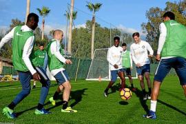 Las carencias de Ibiza la dejan fuera del pastel turístico del fútbol