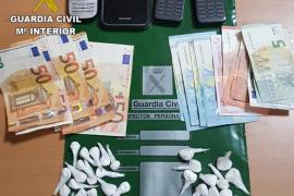 Detenidos dos hombres en Inca con 47 papelinas de cocaína