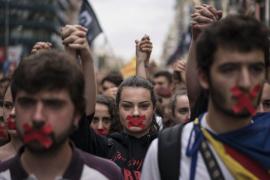 Puigdemont critica que las escuelas de EEUU debatan sobre Cataluña y las catalanas no puedan