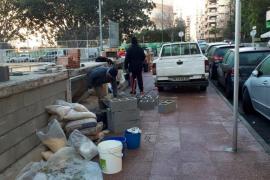 Retoman el tapiado de las gradas de la plaza de los Patines