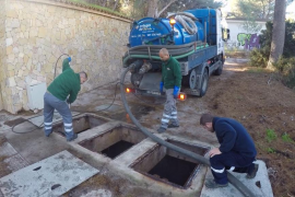 Calvià 2000 extrae 25 toneladas de residuos sólidos de las estaciones de bombeo