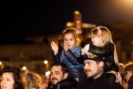 Los Reyes Magos desfilaron por las calles de Vila