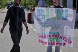 En libertad dos presos etarras tras 25 años entre rejas
