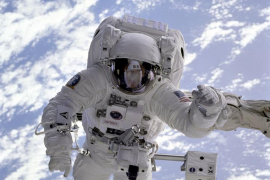 Un astronauta japonés crece 9 centímetros en el espacio
