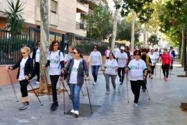 El nuevo programa de 'nordic walking' saludable de Cort y el Govern empieza este sábado