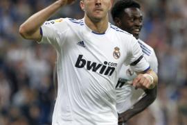 El Madrid retrasa el alirón del Barça a costa del Getafe (4-0)