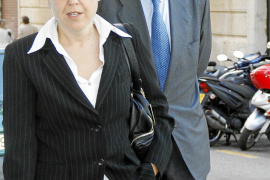 El fiscal del 'caso Bomsai' pide a la juez que cite a Dolça Mulet como imputada