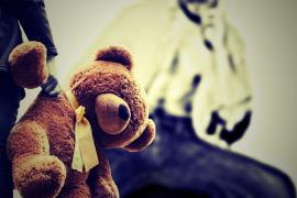 Detenida en Alemania una madre por vender a su hijo para que sufriera abusos sexuales