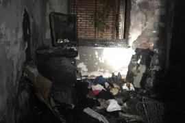 Seis afectados por inhalación de humo en el incendio de un piso en Palma