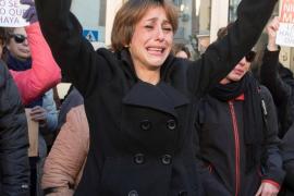 Critican la «violencia institucional» que sufren Juana Rivas y sus hijos