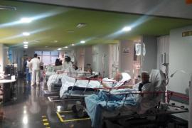 Son Espases deriva pacientes a otros centros para no colapsar Urgencias