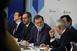 Rajoy advierte que el 155 seguiría en vigor si Puigdemont mantiene su actitud