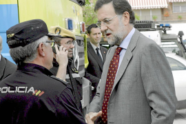 Aguirre aprovecha el parón electoral para atacar a sus rivales