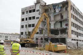 Comienza el derribo del edificio Flex, que finalizará en dos semanas