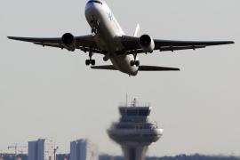 Detienen en un avión al autor del atropello mortal de una joven en Madrid