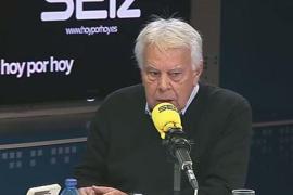 Felipe González cree que, según los soberanistas, un elefante podría ser investido