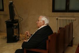 El ex párroco de Selva niega los abusos a una menor y dice que hay un móvil económico tras la denuncia