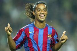 Ronaldinho cuelga las botas a los 37 años