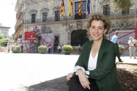 Calvo: «Me confunde la presencia de un ex conseller  de Matas acompañando permanentemente a un candidato renovado»