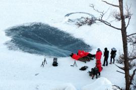 Miles de fieles se bañarán en Siberia a más de 50 bajo cero