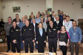Acto de reconocimiento en Palma a los 19 agentes de la Policía Nacional jubilados en 2017