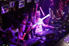 Paris Hilton deja de pinchar en la discoteca Amnesia Ibiza