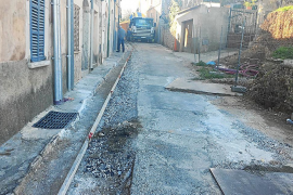 Vecinos de la calle Solleric denuncian al Ajuntament de Alaró por la urbanización de Son Mas