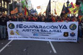 200 policías y guardias de Baleares acuden a la marcha por la equiparación salarial