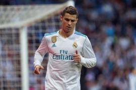 El Real Madrid recupera la pegada a costa del Deportivo