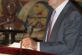 El Rey reclama un pacto de Estado para hacer frente a la crisis económica