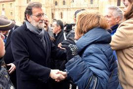 Rajoy advierte que «no hay alternativa a la ley» ante el propósito de Puigdemont