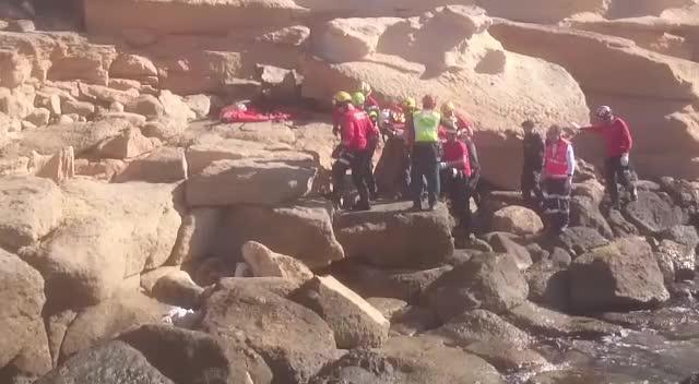 Evacúan en helicóptero a un hombre herido grave tras precipitarse por un acantilado en Llucmajor