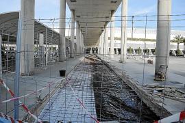 AENA invierte 14 millones en cambiar los pasillos mecánicos de Son Sant Joan