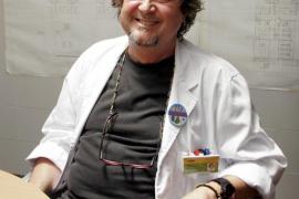 El epidemiólogo Antonio Pareja afirma que la hepatitis A es una enfermedad leve en la mayoría de los casos